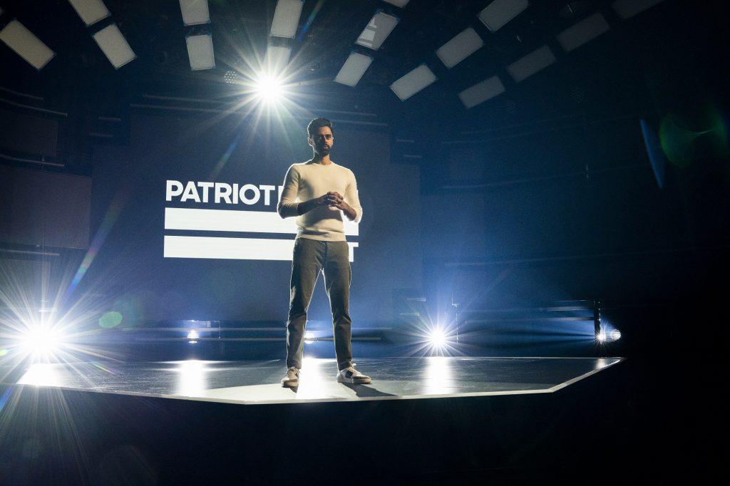 하산 미나즈 쇼: 이런 앵글 Patriot Act with Hasan Minhaj